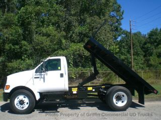 2004 Ford F750 Dump Just 59k Miles One Owner photo