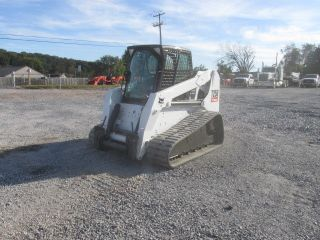 2007 Bobcat T250 Tracked Skid Steer Loader W/cab photo