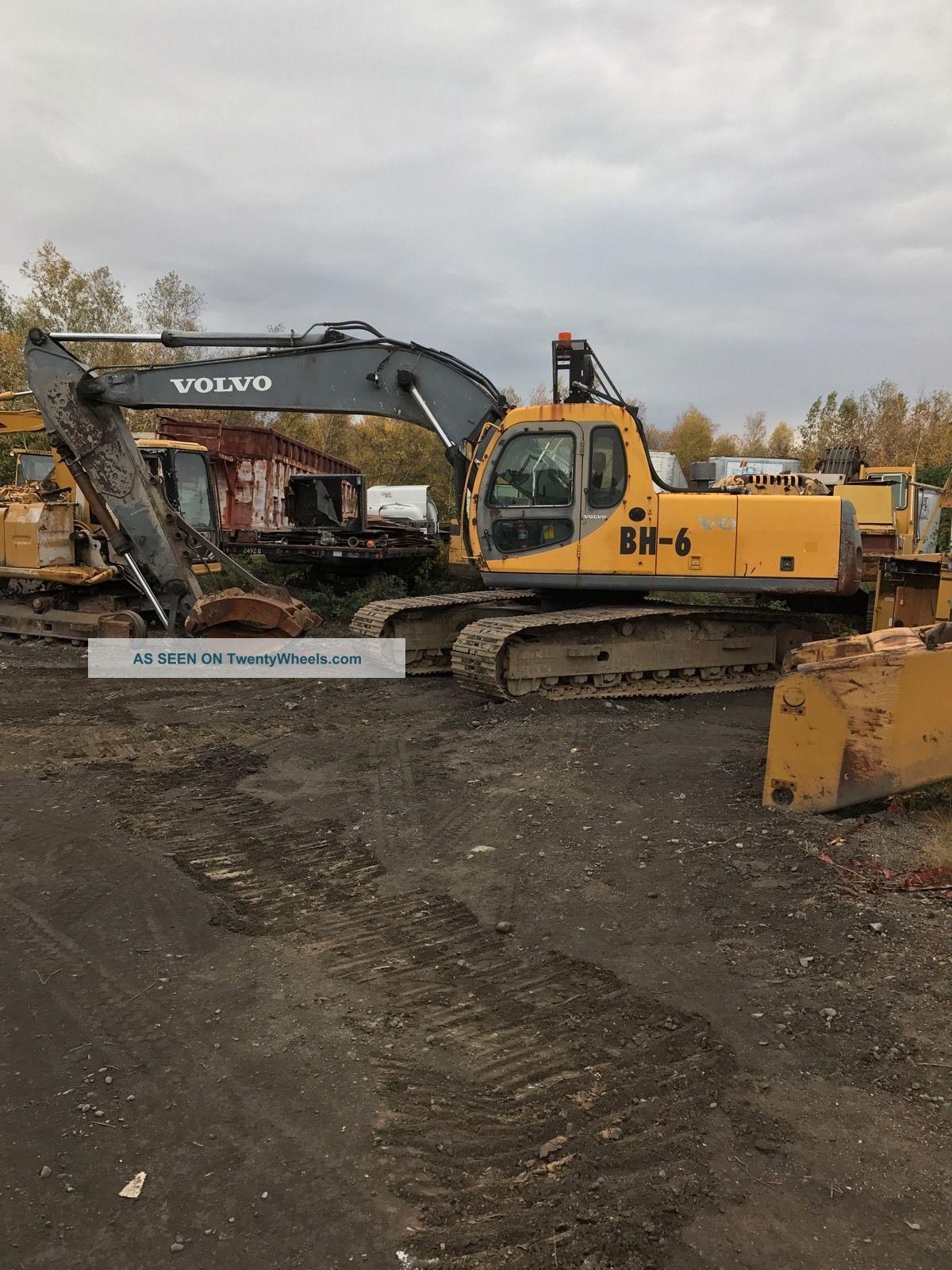 2002.  Volvo Ec210lc.  Excavator Excavators photo