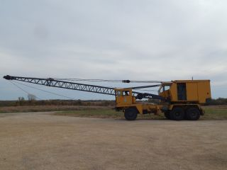 P & H 20 Ton Ged 6 X 6 Truck Crane photo