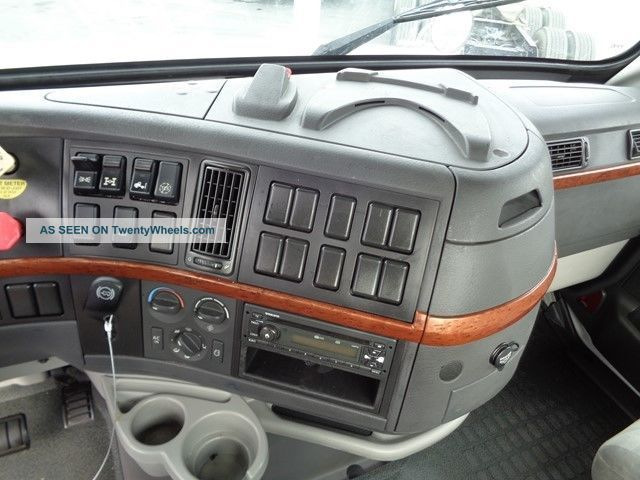2012 volvo vnl64t300 Mack CV713 Bumper Mack CV713 Problems