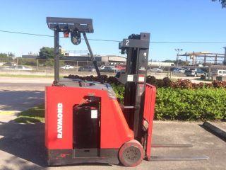 Raymond Dss Counterbalance Volt Electric Forklift Thumb Lgw