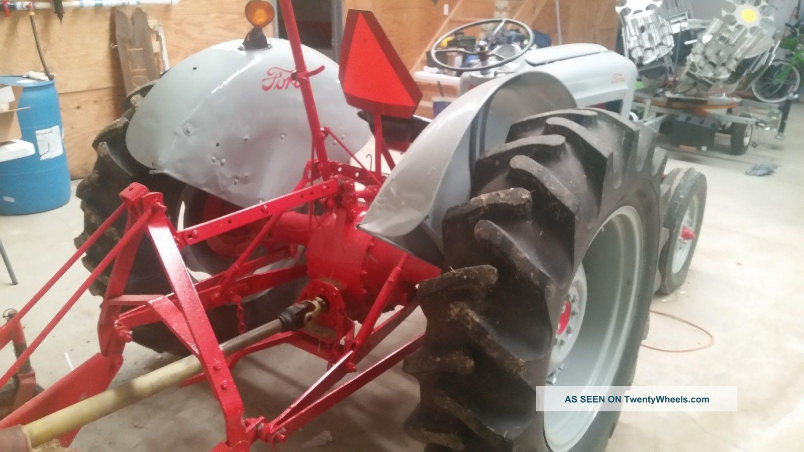 N N N Ford Tractor Ol Red Lgw