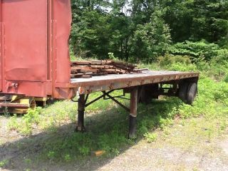 30 ' Flatbed Trailer Single Axle photo