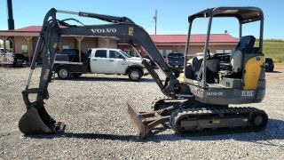 2012 Volvo Ec35c Open Cab Small/compact Excavator Trackhoe photo