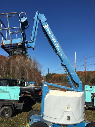 1996 Genie Z - 34/22n Articulating Boom Lift,  Gas & Lp Lift,  34 Foot photo