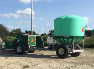 Aeromaster Pt130 Compost Turner And Wt - 1775 Water Trailer photo