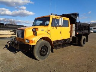 1997 International 4900 Dump Truck photo