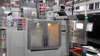 Haas Vf - 2ss Cnc Vertical Machining Center Mill 12,  000 Rpm 24 Atc Vmc 2005 photo