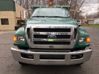 2009 Ford F750 photo