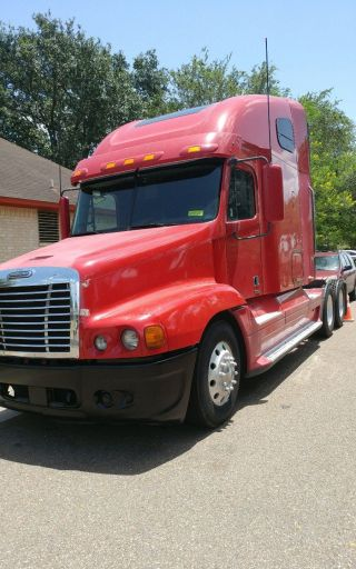 2007 Freightliner Century Class S/t photo