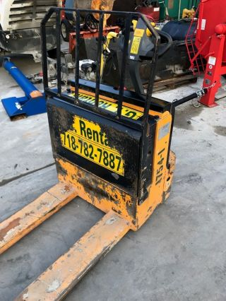 Chery Cbd20 Electric Pallet Jack 4500lb Capacity.  Local Pick Up Only photo