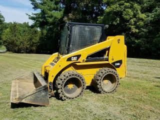 Caterpillar 236 B3 Skid Steer photo