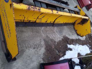 Arctic Pusher - Snow Pusher - Snow Plow - Pusher Box photo
