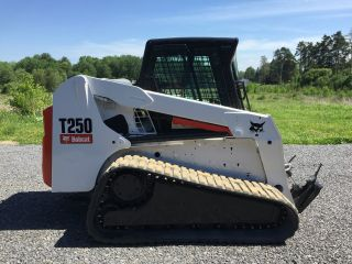 2007 Bobcat T250 Skid Steer Loader Erops Heat We Ship photo