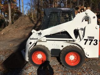 Bobcat 773 Skid Steer photo