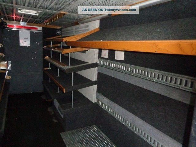 2003 Freightliner Mt45 Tool Step Van Lift Gate