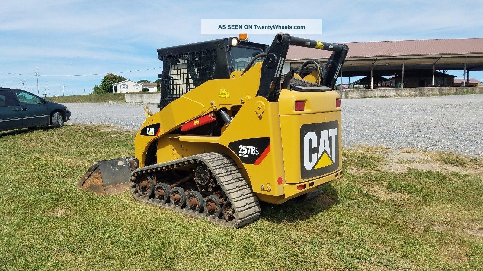 Track Skid Steer Loader : Caterpillar b compact track skid steer loader cab