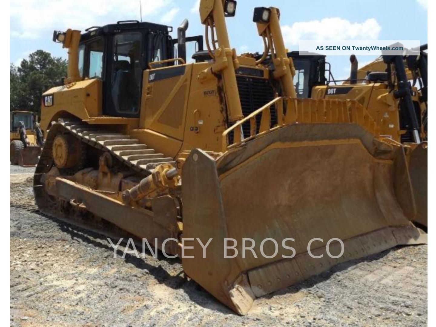 2011 Caterpillar D8t Crawler Tractors Crawler Dozers & Loaders photo