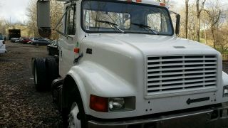 1996 International 4700 Cab&chassis photo