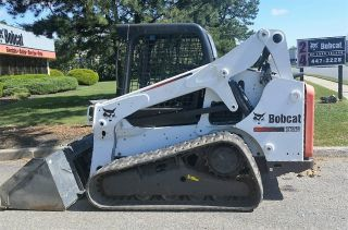 Bobcat T650 Track Skid Steer Loader Joystick Controls Wide Track photo