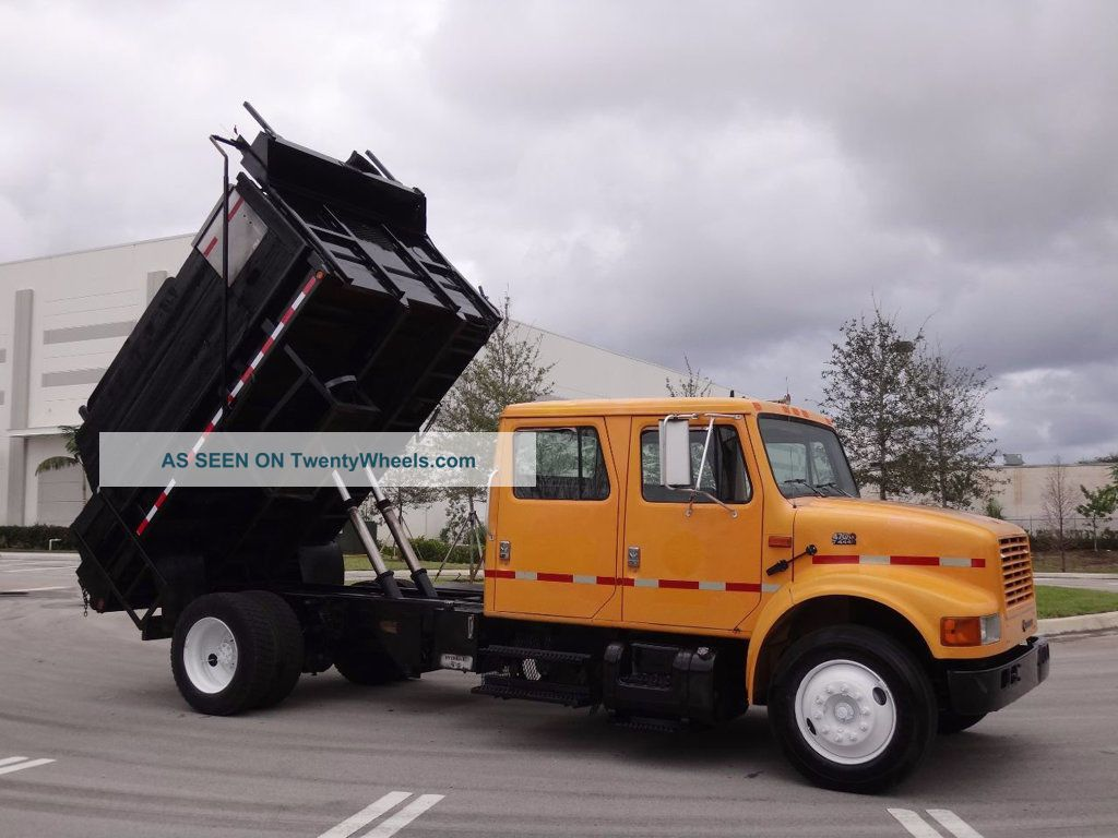 2001 International 4700 Crew Cab Dump Truck