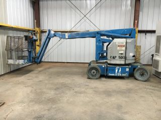 Genie Boom Lift photo