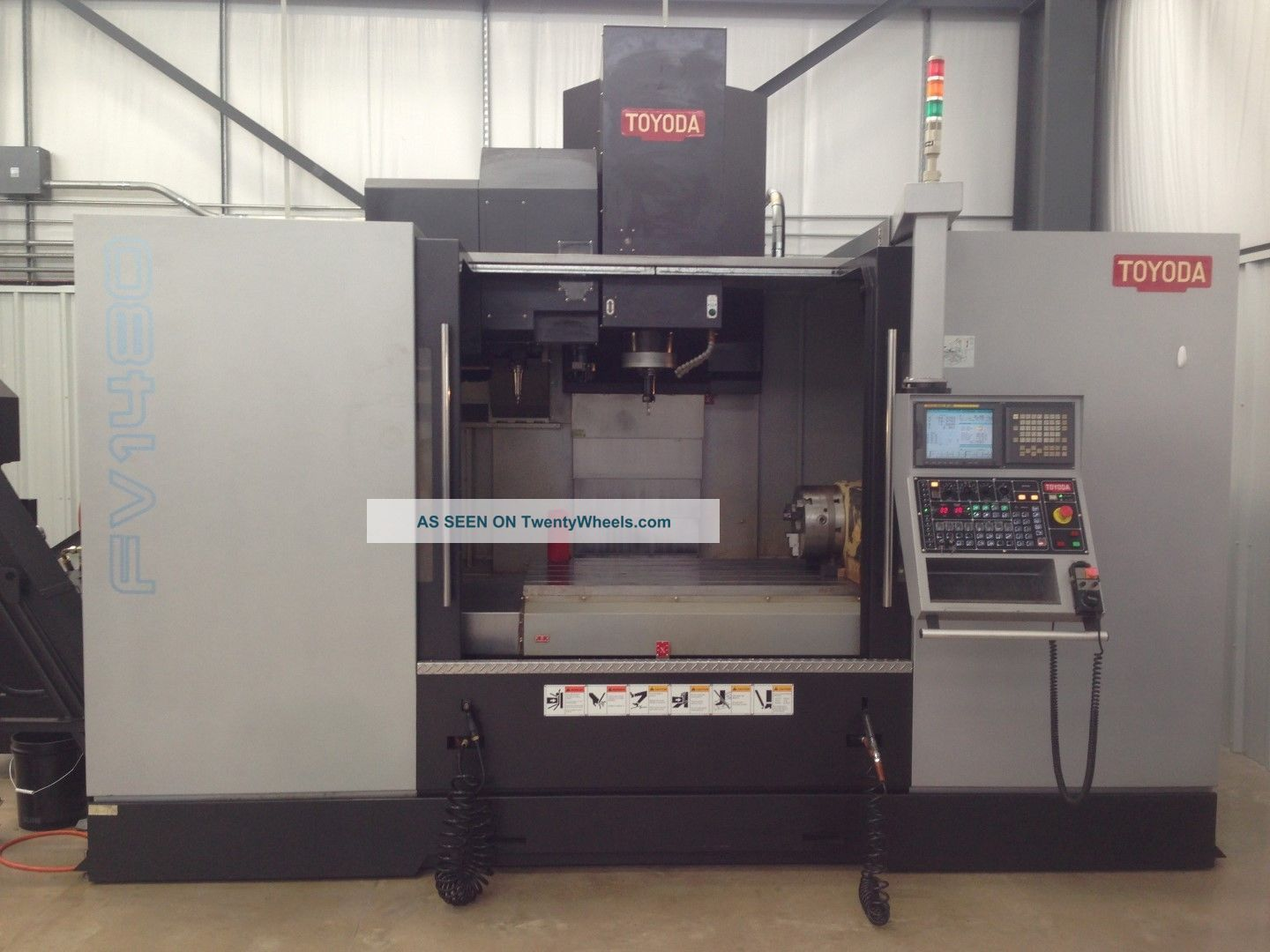 Toyoda Fv - 1480 4 Axis Cnc Vertical Mill Machining Center Fanuc Cat 50 2011 Milling Machines photo