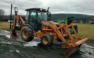 Case Backhoe 590 M photo
