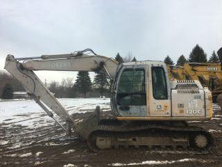 John Deere 120c Excavator photo