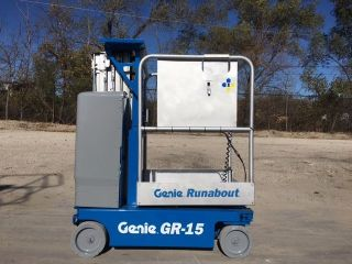 2009 Genie Gr - 15 Drivable Vertical Manlift,  Personnel Lift Scissor Lift,  Aerial photo