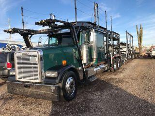 2000 Freightliner photo
