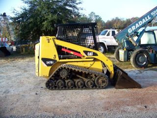 Cat 247b2 Rubber Track Skidsteer Loader Orops 2010 Year Model 2000 Hrs Aux Hyd photo