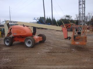 2008 Jlg 600a 60 ' Articulated Manlift photo