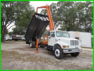 2000 International 4700 Grapple Dump Truck photo