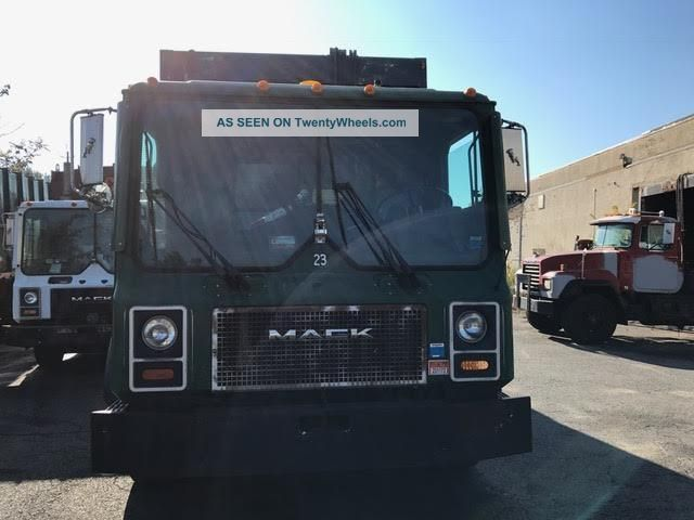 2000 Mack Mr 688s Other Heavy Duty Trucks photo
