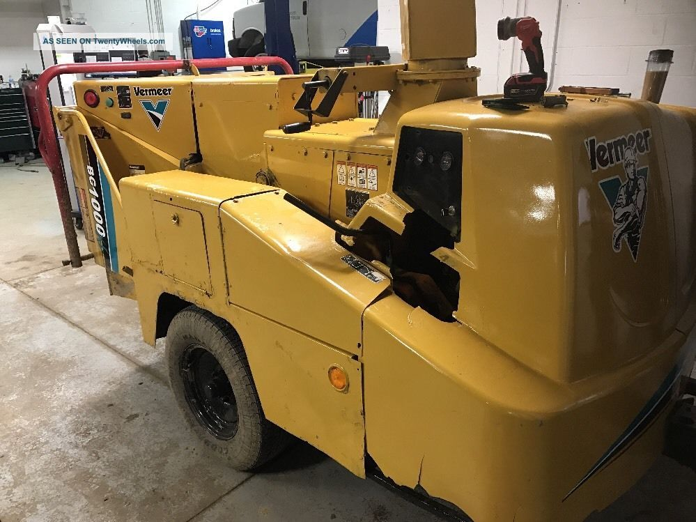 Vermeer Bc1000xl Wood Chipper Wood Chippers & Stump Grinders photo