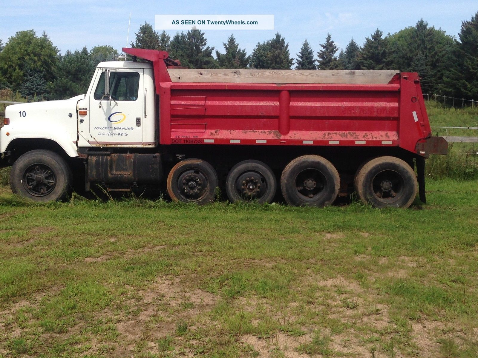 1996 International Dump Trucks photo
