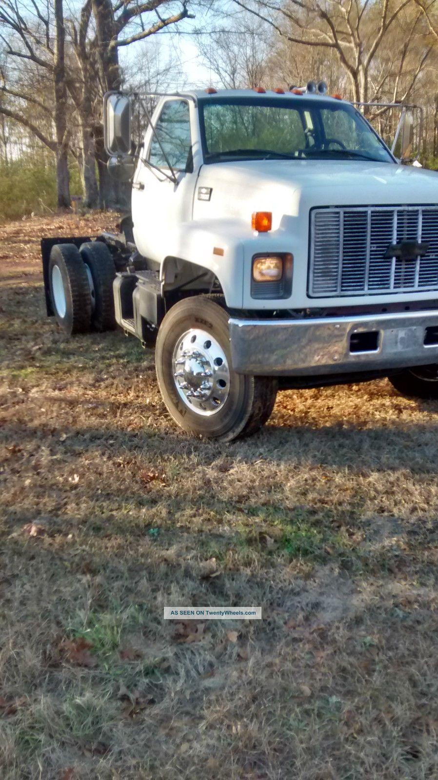 2002 Chevrolet C7500 Kodiak Other Heavy Duty Trucks photo