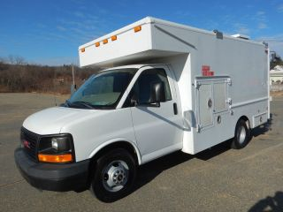 2009 Gmc Savana 3500 photo