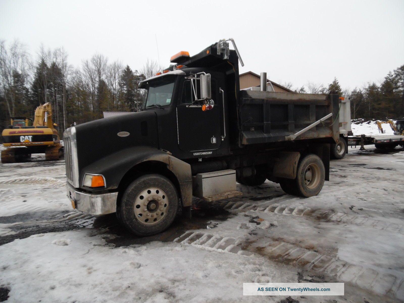 1998 Peterbilt 385 Dump Trucks photo