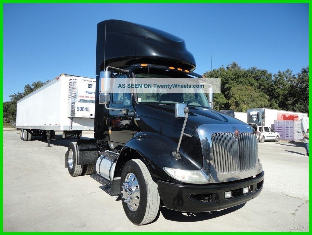 2011 International 8600 Sba Daycab Semi Trucks photo
