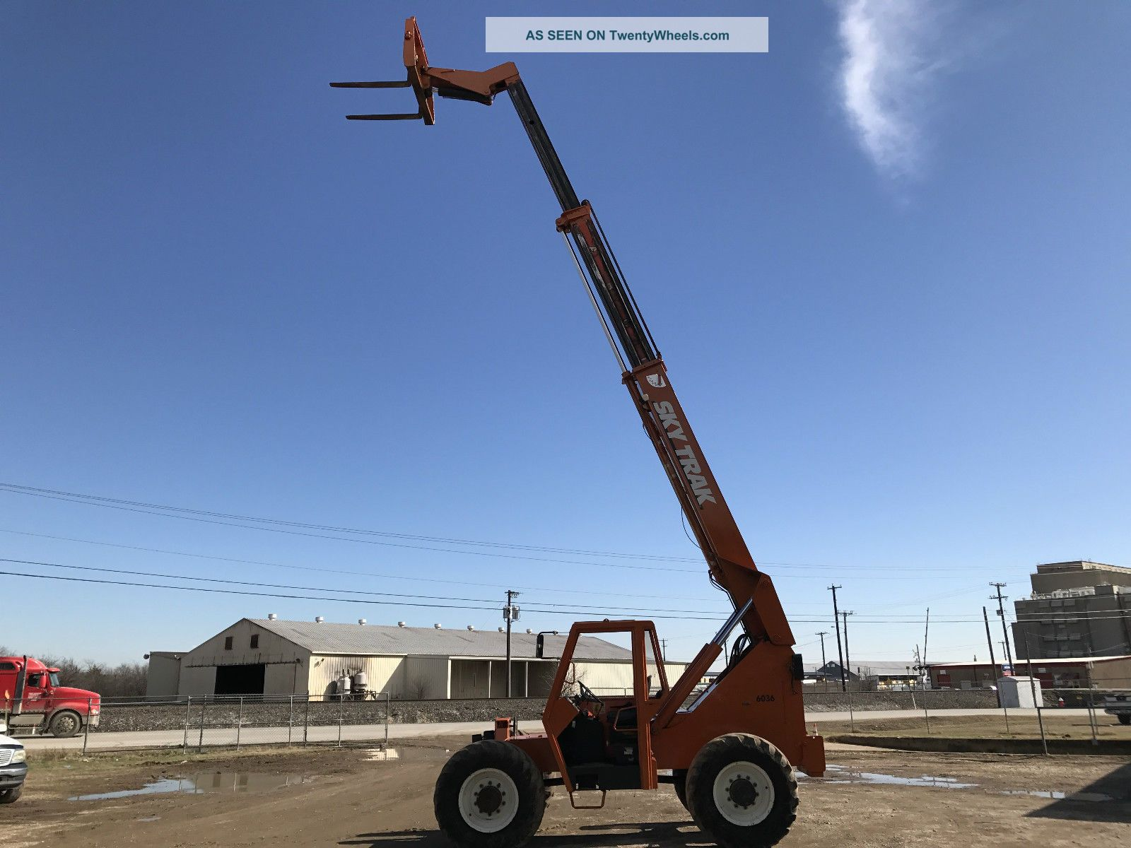 how to drive a telescopic forklift
