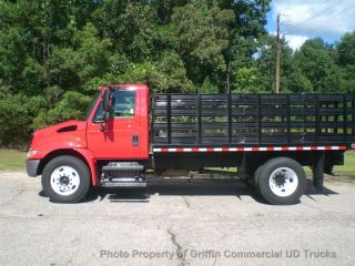 2004 International Non Cdl Air Brake Flatbed Just 17k Miles One Owner Sc Truck photo