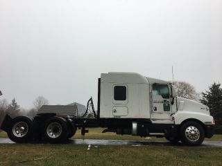 2006 Kenworth T600 photo