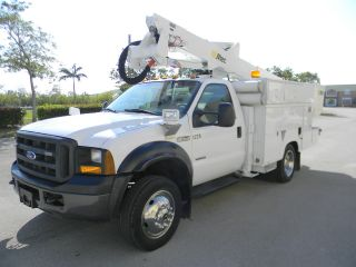 2007 Ford F550 Duty photo