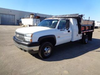 2005 Chevrolet 3500 Dump Truck 6.  6l Duramax Turbo Diesel photo
