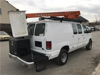 2006 Ford Econoline Cargo Van - - photo