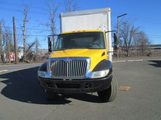 2004 International 4300 photo