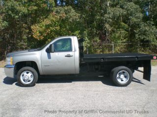 2009 Chevrolet 3500hd Flatbed Just 22k Miles Drw Perfect For A Gooseneck Or 5th Wheel photo